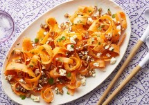 Crunchy Carrot and Dates Salad Recipe
