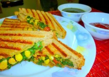 Grilled Corn and Capsicum Sandwich Recipe