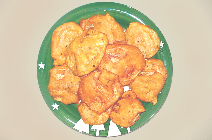 Tasty and Easy Aloo Pakora Recipe