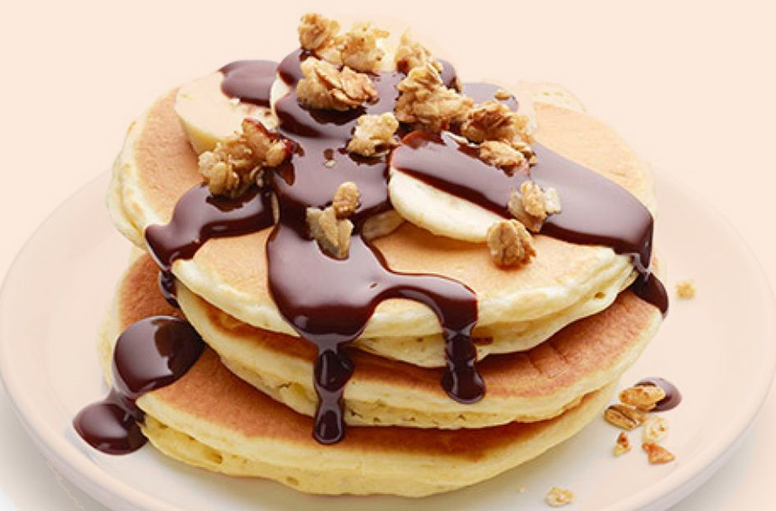 Banana Pancake with Chocolate Sauce Recipe