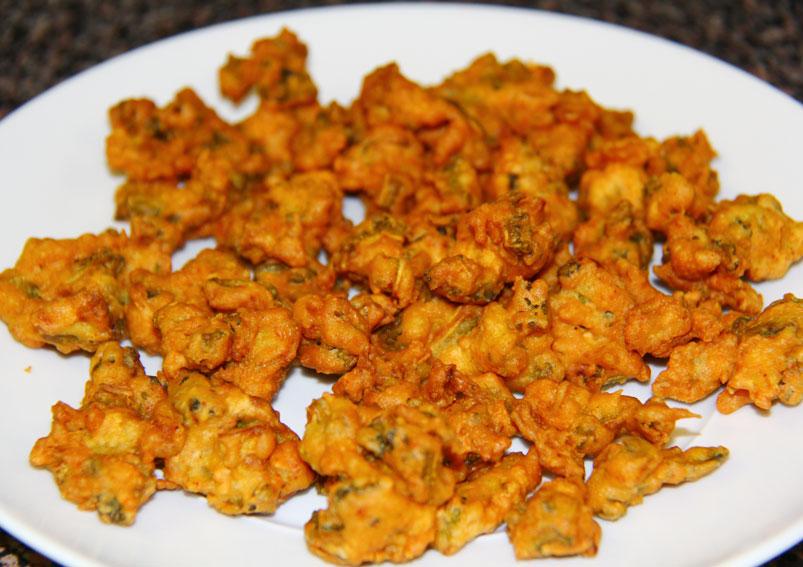 Crispy Cauliflower Pakoda Recipe