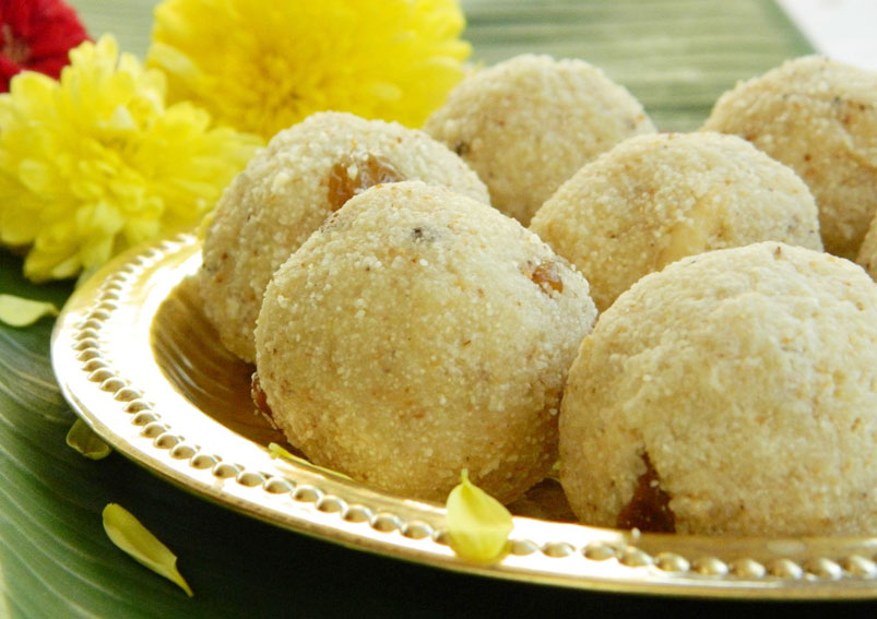 Easy Rava Laddu Recipe