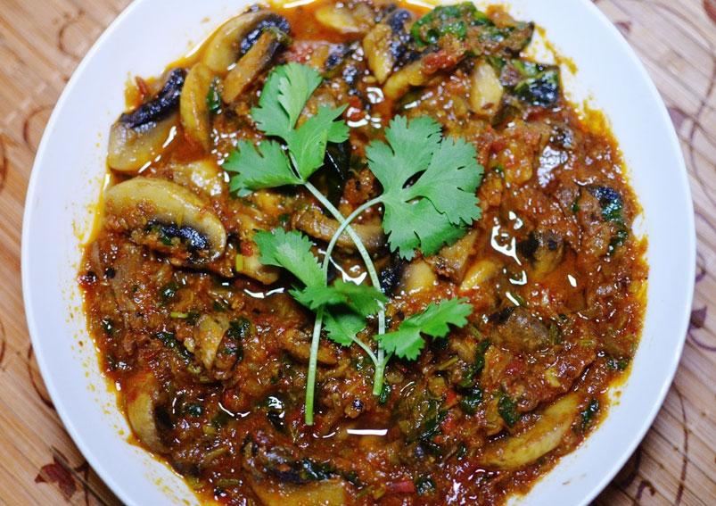 Chettinad Mushroom Masala Recipe