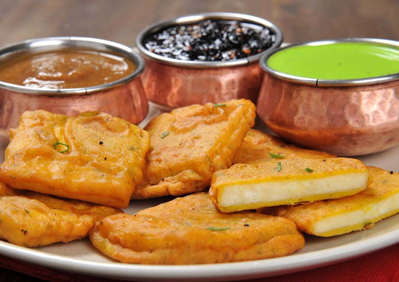 Tasty and Crispy Paneer Pakora Recipe