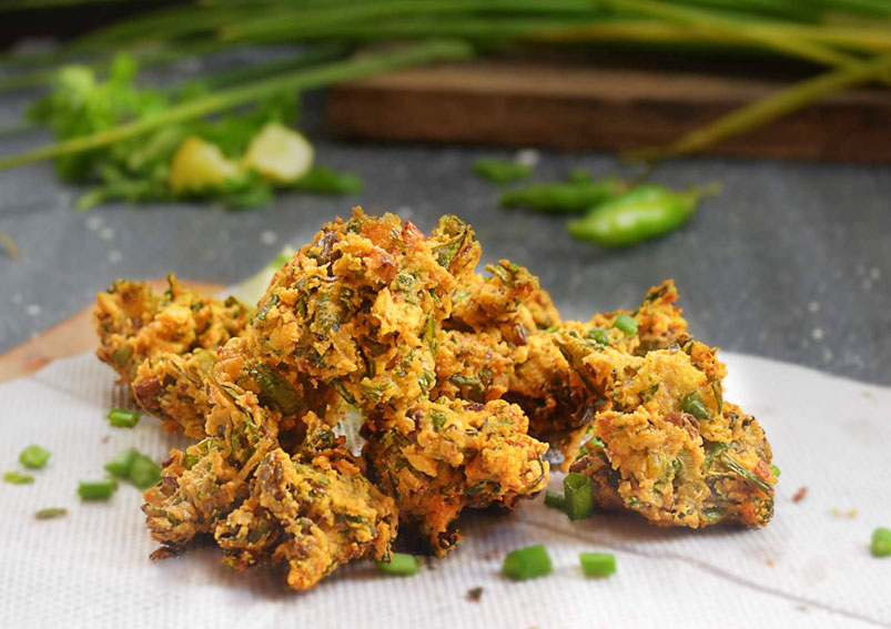 Tasty Spring Onion Pakora Recipe