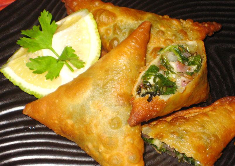Tasty and Crispy Onion Samosa Recipe