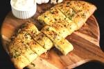 Yummy Stuffed Cheesy Garlic Bread Recipe