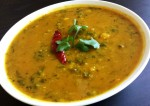Lahsuni Palak Dal (Spinach and Lentil Curry with Garlic) Recipe