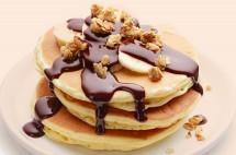 Banana Pancake with Chocolate Sauce Recipe