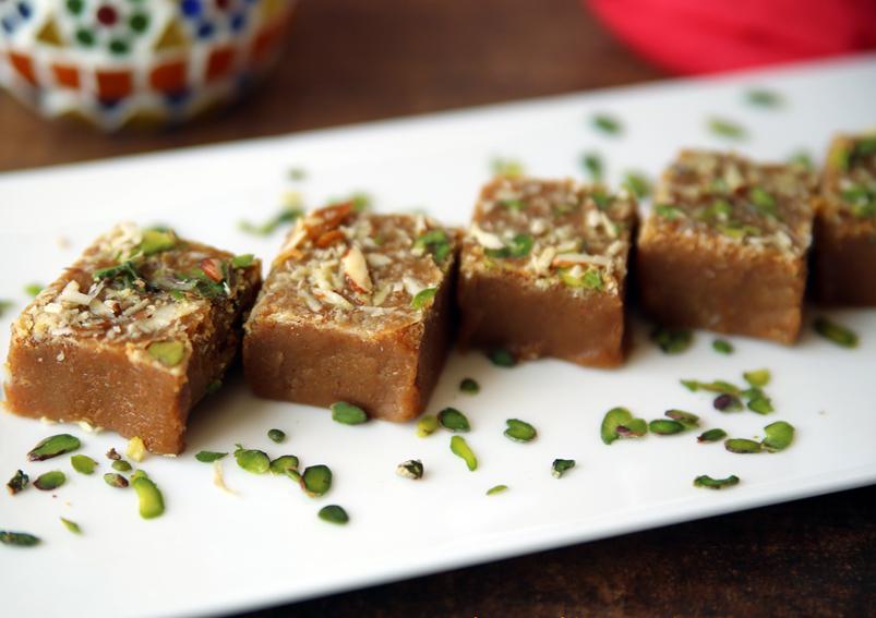 Gujarati Mohanthal Recipe