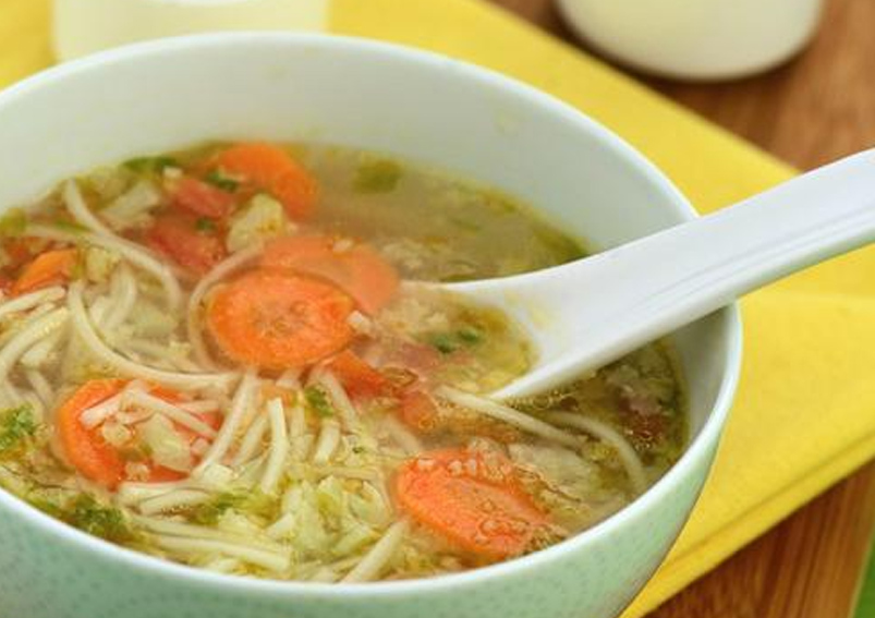 Tasty Cauliflower and Noodles Clear Soup Recipe