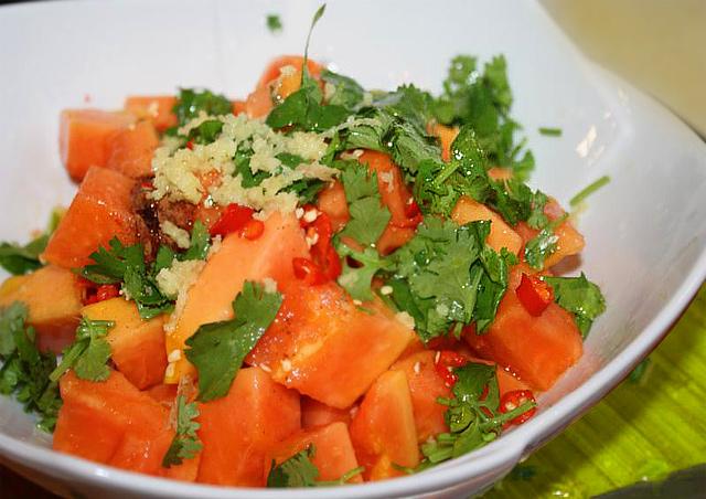 Healthy Papaya Salad