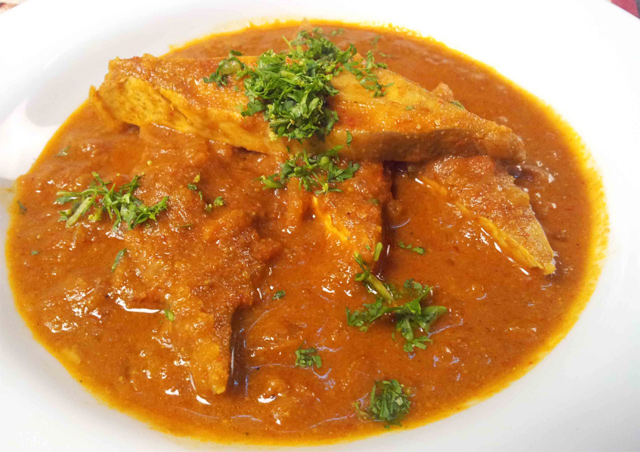 Spicy Salmon Fish Curry