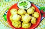 Tasty and Easy Urad Dal Bonda Recipe
