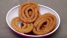 Chakli or Chakri Muruku Recipe - Indian Snacks